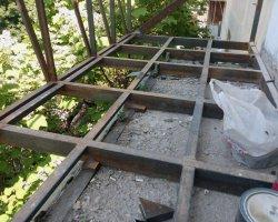 Пол металлического каркаса балкона в Севастополе