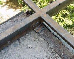 Сварные швы металлического каркаса балкона в Севастополе